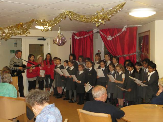 Choir Intergenerational Event 291113 (3)